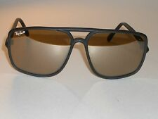 VINTAGE B&L RAY BAN 50 MATTE BLACK PHOTOCHROMIC TRADITIONALS SUNGLASSES w/CASE