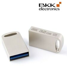 32 gb Lápiz USB Nano 3.0 Point mini plata Silver GoodRAM Klein PD 32 GH 3 grposr 10