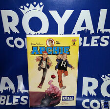 Archie #1 Store Exclusive Variant Cover Rafael Albuquerque Flash #123 Homage