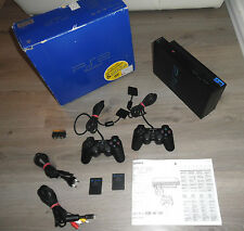 Sony PlayStation 2 (PAL - SCPH-30004) OVP, 2 Org. Controller, 2 Memory, TOP
