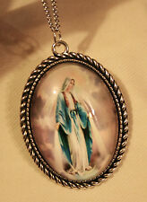 Rope Rim Silvertone Miraculous Immaculate Mary Cameo Medal Pendant Necklace
