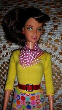 BARBIE DOLL BRUNETTE DARK BROWN HAIR PRETTY TERESA TEACHER YELLOW TOP PINK SCARF