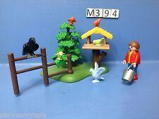 (M394) playmobil enfant nourrissant les oiseaux ref 4203