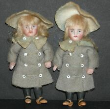 """TWIN ALL BISQUE GIRLS - 3"""" - SISTERS - MATCHING CLOTHES - MOLDED YELLOW SHOES!!"""