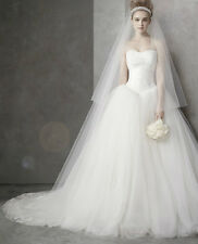 Vera Wang Tulle Ivory Wedding Dress & Lace Cathedral Veil Size 6