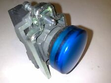 PILOTO AZUL BLUE SCHNEIDER TELEMECANIQUE  LED DE 240 V AC  ZB4 BV063 ZB4 BVM4