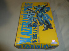 NEW IN BOX MACROSS BATTROID MODE BLAZER  VALKYRIE VF-19S 19F WAVE MODEL KIT 1:72