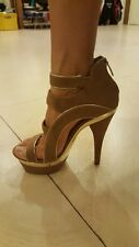 Colin Stuart by Victoria's secret size 6b ladies nude and gold