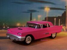 1958 58 FORD THUNDERBIRD COLLECTIBLE 1/64 SCALE DIECAST MODEL DIORAMA OR DISPLAY