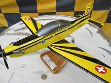 Pilatus PC-9 Swiss Airforce Riesig XXL  / Aircraft / Avion / YakAir Woodmodell