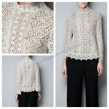 RARE, ZARA WOMAN IVORY GUIPURE / LACE BUTTON DETAIL BLOUSE , SIZE S