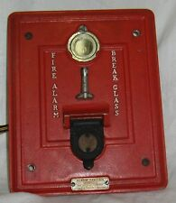 Vintage BREAK GLASS FIRE ALARM Autocall Shelby OH Station 136 Wall Box Poll Moun