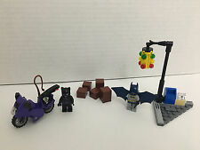 LEGO DC UNIVERSE SUPER HEROES SET—CATWOMAN—CAT CYCLE CITY CHASE, #6868