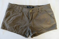 Junior Forever 21 Brown Solid Cotton Shorts Size 28