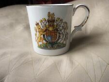 ELEGANT GILDED MUG AYNSLEY CHINA SILVER JUBILEE QUEEN ELIZABETH II 1977