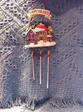 NEW AVON HAPPY HOLIDAYS VICTORIAN HOUSE CHRISTMAS WIND CHIME