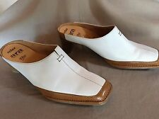 Womens Sz 5G, US 7.5 Ara White and Tan Leather Comfort flex Closed Toe Mules