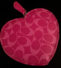 NEW  //  NEVER USED   CUTE  ~~  COACH ~~  HEART SHAPED  PINK COIN PURSE / WALLET