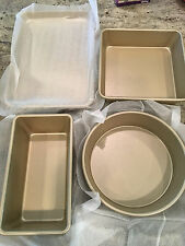 Williams Sonoma Gold Touch 4 Piece Baking Box Set Great Gift!  Loaf Cake Sheet
