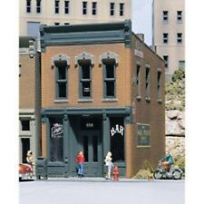 Woodland Scenics DPM - KELLY'S SALOON Building - HO Scale NEW 10100