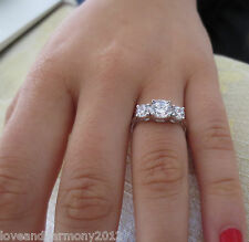 Real solid 14K White Gold Round brilliant cut Engagement Ring 3 stones