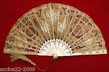 FAN EVENTAIL BEAUTIFUL, CARVED  STICKS AND LACE HAND FAN XVIII TH