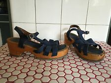 Vintage 1970s Navy Blue Canvas Wood Platform Sandals Sz. 7
