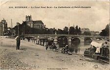CPA   Auxerre - Le Pont Paul Bert - La Cathédrale et Saint-Germain     (358159)