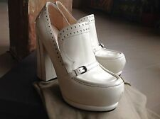 NWT $2000 BOTTEGA VENETA sz 37.5 - 7.5 Off White Calf Leather Heels.Pumps.Shoes