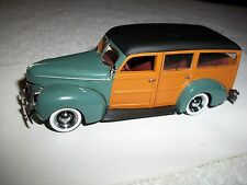 1940 Ford De Luxe Woody MINICHAMPS Cool Tiny Little Car