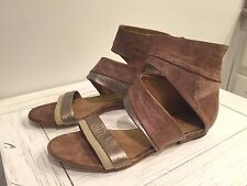 LD Tuttle Tan Leather Flat Strappy Wrap Sandals w/ Metallic Trim- EUC! Size 38.5