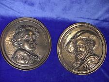 2 kleine getriebene Messingteller, Rubens, Vandyck, um 1900