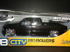Jada Chevrolet Silverado 2002 Pickup Black 1/18 with tunneal cover