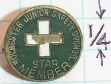 PINBACK PIN ROCHESTER JUNIOR SAFETY COUNCIL STAR MEMBER GREEN GOLD WHITE CROSS 5