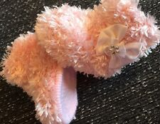 New  Girls  Pink  Soft Faux Fur Eskimo Booties 0-3 Months  Hand Knitted By Annie