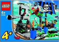 NEW Lego 7074 Pirate's SKULL ISLAND New Sealed - World Wide Shipping
