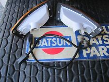 Datsun 70- 8.74 240z 260z Complete Front Turn Signals  w/ 240z Harnesses