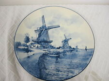 """DELFT HOLLAND HANDPAINTED  PLATE - 10""""  WINDMILLS LAKEHOUSE BOAT WATER"""