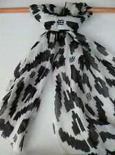 Tommy Hilfiger ladies scarf cream black camo print NEW womens wrap sarong
