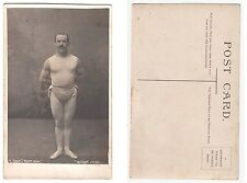 Artist im Zirkus Bodybuilder Male semi Nude Muscleman Foto RPPC c.1915 Gay Int