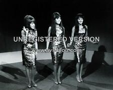"The Ronettes 10"" x 8"" Photograph no 32"