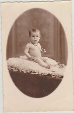 PHOTO ANCIENNE CPA- BEBE petit collier /STUDIO MILLECAMPS/AUCHEL- peau de mouton