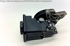 BMW E60 530d (1H) 5 SERIES power steering pump 7693974