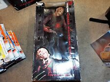 A NIGHTMARE ON ELM STREET Mcfarlane Movie Maniacs Freddy Krueger 18""