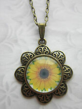 Sun flower glass cabochon vintage look Necklace costume jewellery