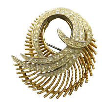 BSK Vintage Brooch Pin Crystal Rhinestone Gold Swirl Textured Jewelry 458f
