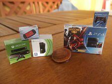 Miniature set box, Console. XBone, PS4 & controller, XBox and PSP.5 Consolas