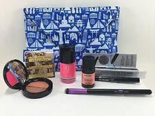IPSY Glam Bag with JELLY PONG PONG AURORA EVA NYC IT COSMETICS VERA MONA
