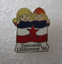 1994 LILLEHAMMER  Olympics YUGOSLAVIA WELCOME WITH OFFICIAL MASCOTTE  pin badge