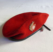 Portuguese military special forces COMANDOS red beret with badge/insignia